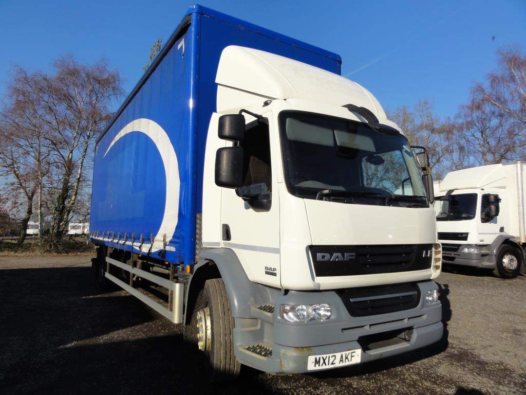 "2012 DAF LF55.220 18Ton 28ft Curtainsider (9ft5"" Thru Side)"