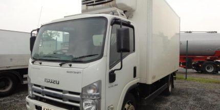 2009 Isuzu N75.190 MEAT RAIL Fridge & LOADER