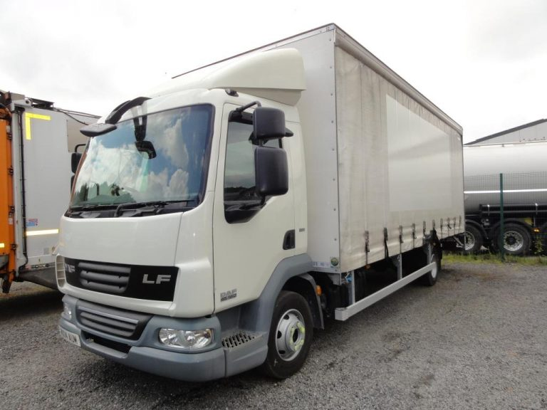 2014 DAF LF45.160 7.5T 22ft Curtainsider with Tail-Lift - ULEZ