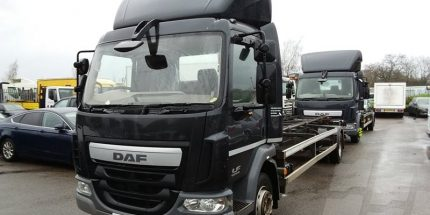 EURO 6 - 2014 DAF LF45.210 12 Ton Chassis Cabs on Air Suspension