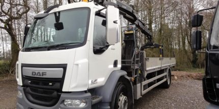 EURO 6 2014 DAF LF55.220 Dropsider with Hiab 122XL Crane