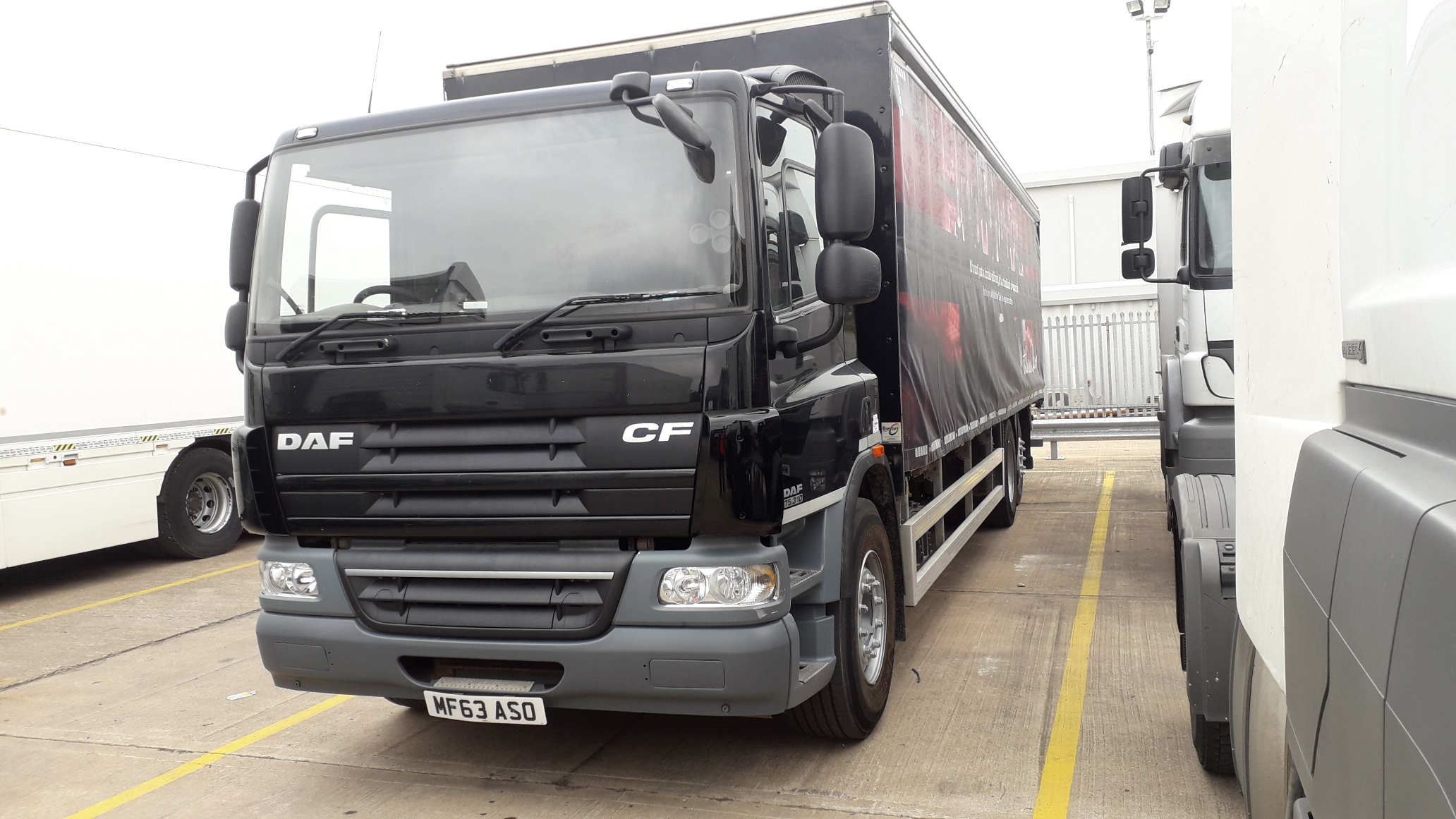 2013 DAF CF75.310 26 tonner with 31ft Curtainside Body