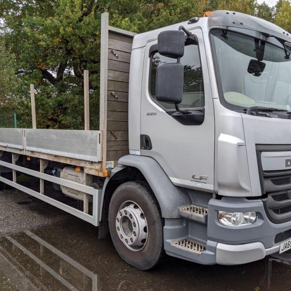 EURO 6 DAF Dropside truck