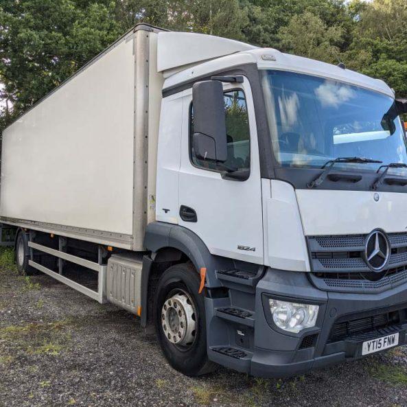 Mercedes 18Ton Box EURO 6