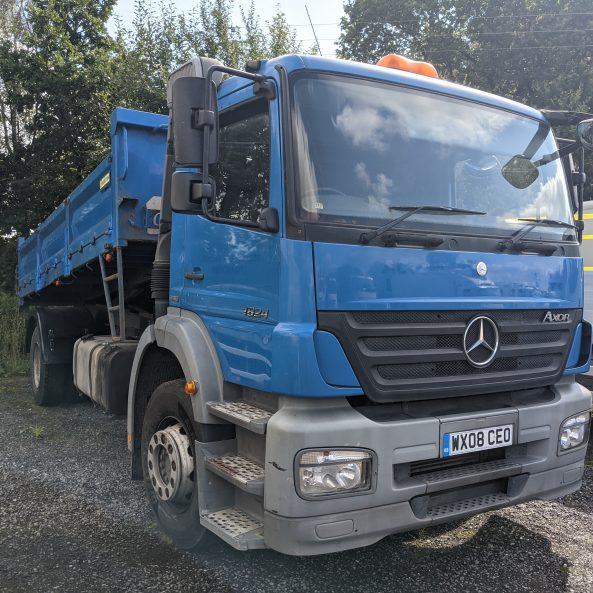 Mercedes 18 Ton Tipper
