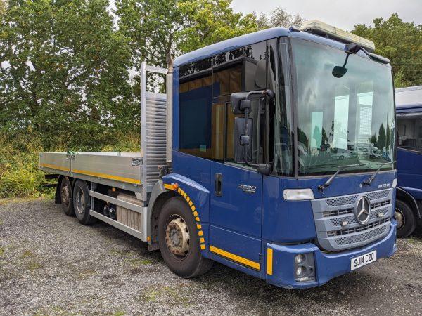 EURO 6 Mercedes Econic Scaffold Truck